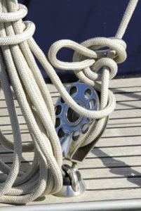 poulies et réas pour bateaux à voile et industrie BTP